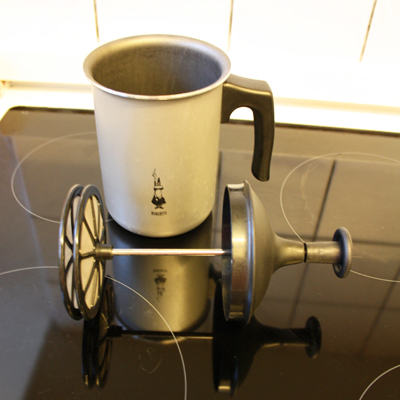 Milk-frother3